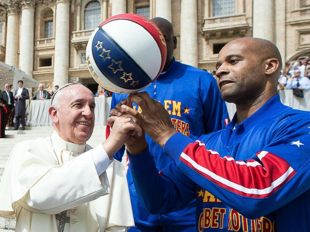 EPA_pope_globetrotters4_ml_150506_4x3_992