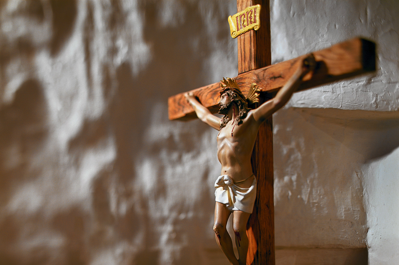 the crucifixion of christ in psalm 22