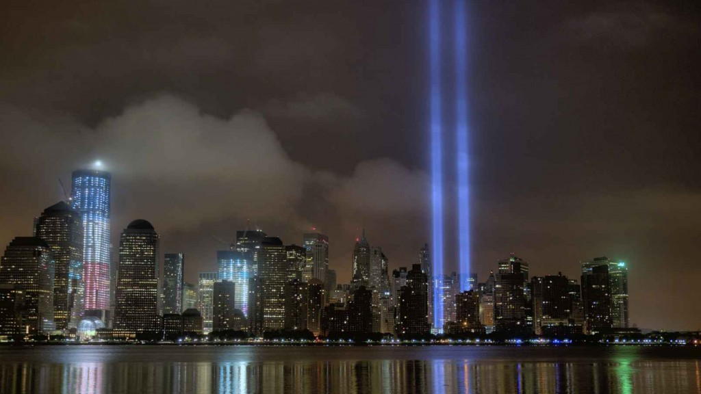 9-11-11_wtc_tribute_in_light_from_jersey_city_nj