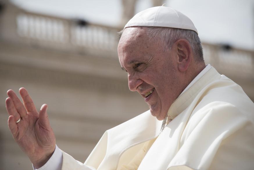 web-pope-francis-left-profile-antoine-mekary