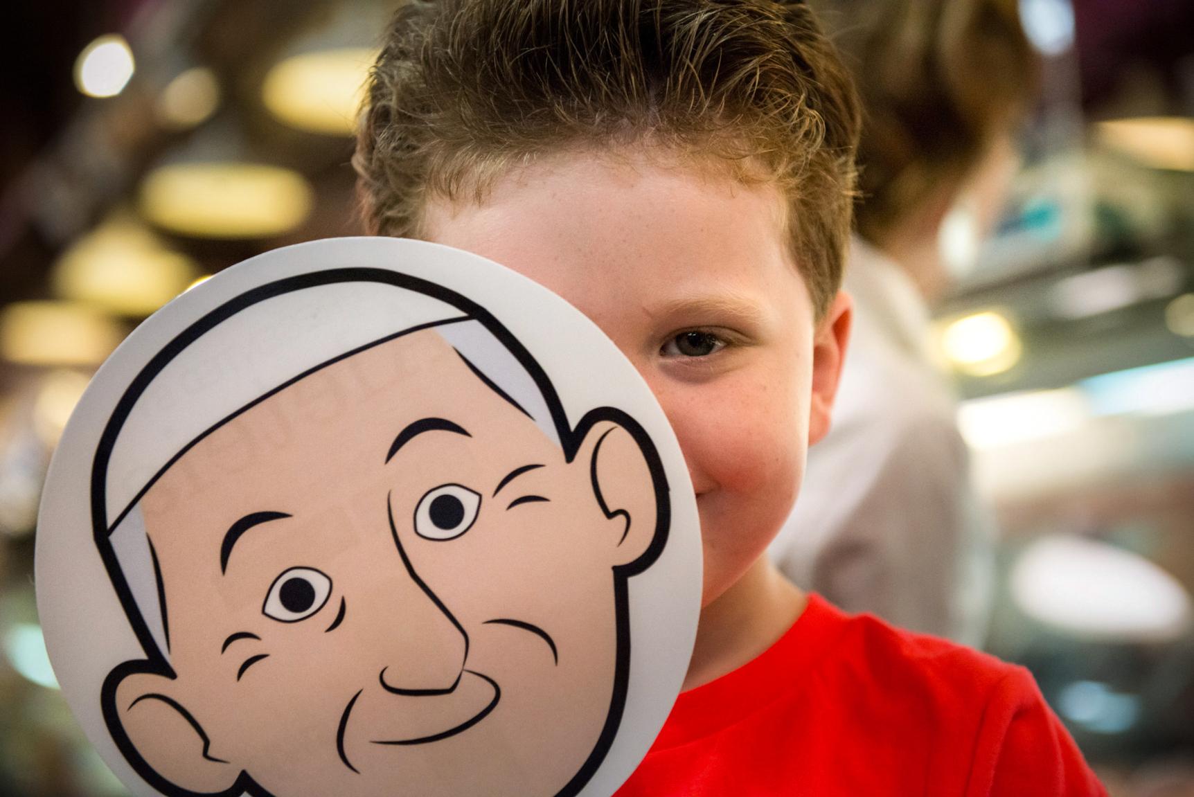 web-boy-face-popemoji-child-antoine-mekary