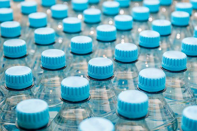 Water_bottles_Credit_eyal_granith_via_wwwshutterstockcom_CNA_1_28_16