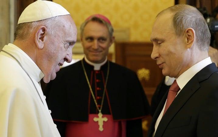 Pope Francis met Russian President Vladimir Putin during a private audience at the Vatican June 10, 2015. (AP Photo/Gregorio Borgia)