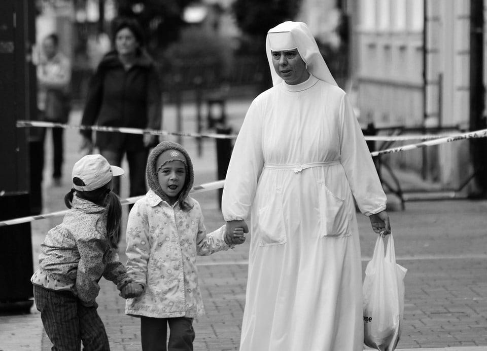 the-nun-518949_960_720