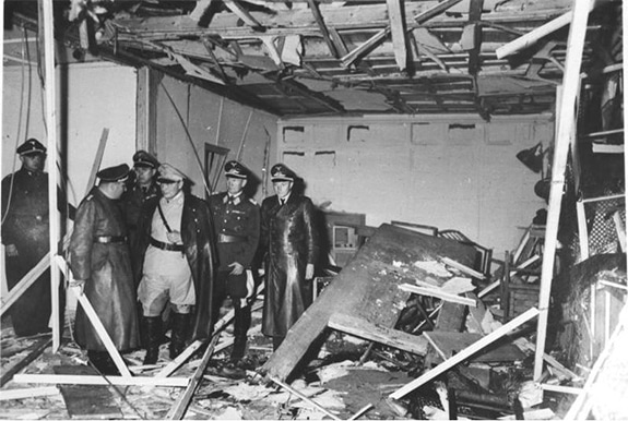 The conference room at the Wolf's Lair soon after the assassination attempt on Hitler on June 20, 1944 (Wikipedia / Bundesarchiv, Bild 146-1972-025-10 / CC-BY-SA 3.0)