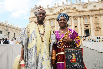 pilgrims_from_camerum_at_the_general_audience_in_st_peters_square_sept_21_2016_credit_daniel_ibanez_cna