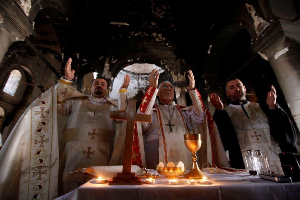 first-christian-mass-in-qaraqosh-church-rtx2rj4w